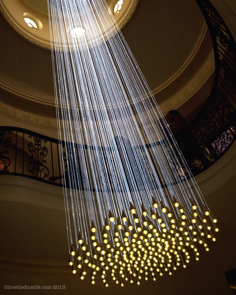 Bell Drop Chandelier by Bruce Munro via livethefinelife.com