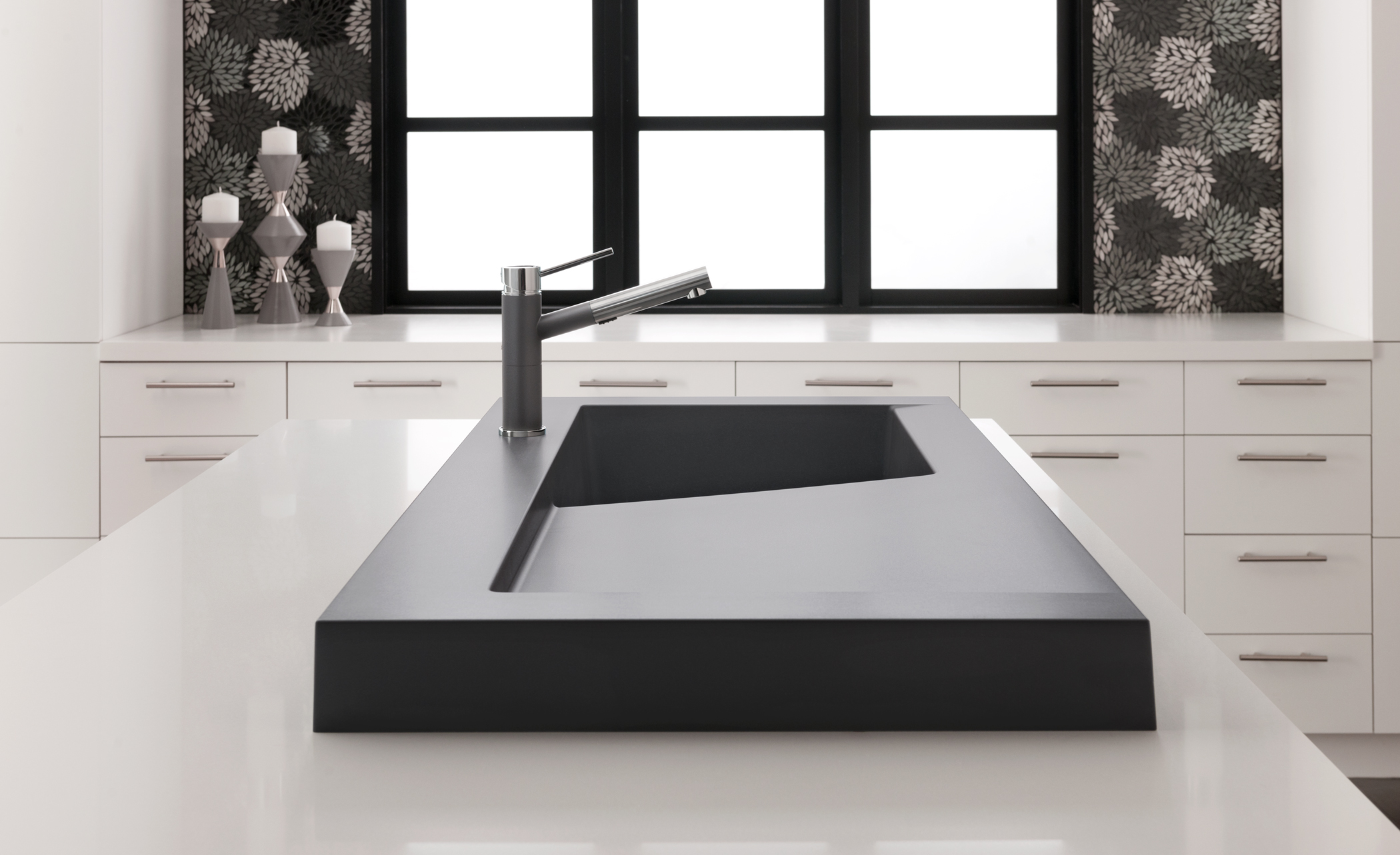 Blanc's Modex sink and Alta Faucet