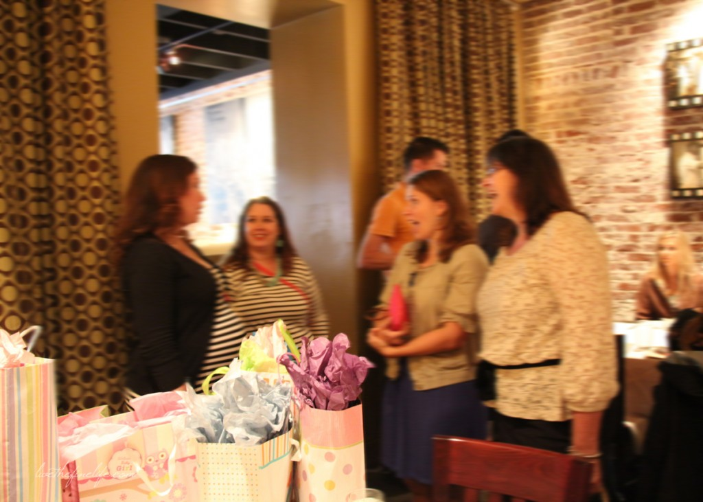 baby shower via livethefinelife.com